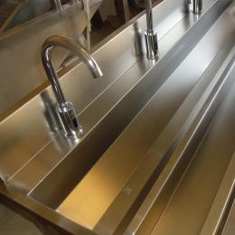 定制加工不锈钢消毒洗手槽生产厂家报价