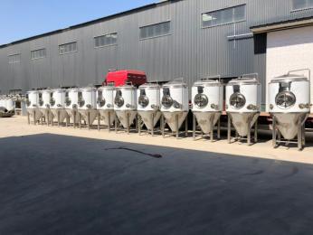 1000升精酿啤酒生产线2000升精酿啤酒设备厂家史密力维专业提供一条龙精酿啤酒厂方案