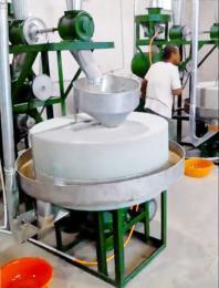 厂家直销小麦杂粮石磨面粉机组  YFSM-6五谷杂粮石碾面粉机组