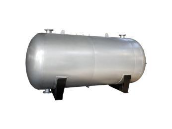 承压储水罐