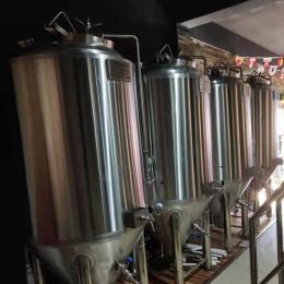 国内自酿啤酒设备,小型酿酒设备,酒厂设备,啤酒厂生产设备厂家