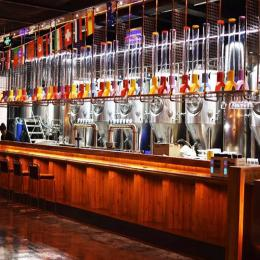 长沙精酿啤酒屋加盟设备,小型啤酒厂设备,青岛原浆啤酒生产设备