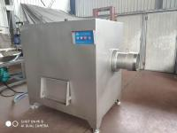 冻猪肺250冻肉绞肉机,每小时5吨肉板冻肉绞肉机出来肉颗粒不发粘