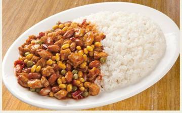 中型自热米生产线特性